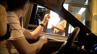 Falando alemão no Drive Thru
