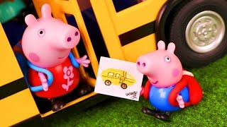 Peppa Pig Toys English 07 🐷 George and the school bus 🚌