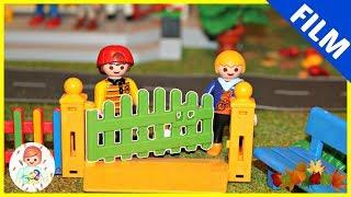 PLAYMOBIL Film deutsch - 😱 KITA KINDER LAUFEN WEG - PlaymoGeschichten   Video für Kinder