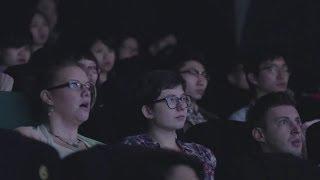 폭스바겐 홍콩 영화관/극장 광고 - 도로에서 눈을 떼지 마세요 [한글자막]