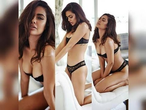 Esha Gupta all sexy#hot kissing and Boob pressing vedio viral'' uff she is a sexy bitch...