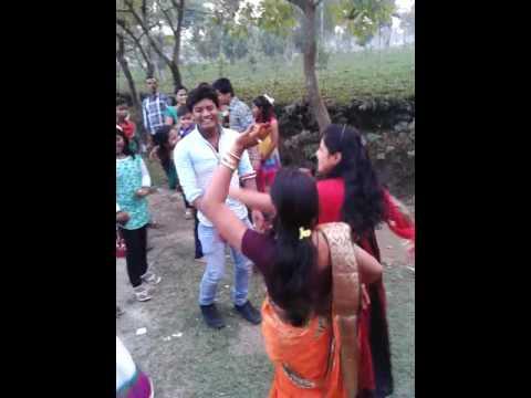 Sonapur dance