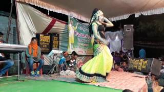 New Bhojpuri Arkestra dance on Khesari lal yadav new song machis ke tiliya
