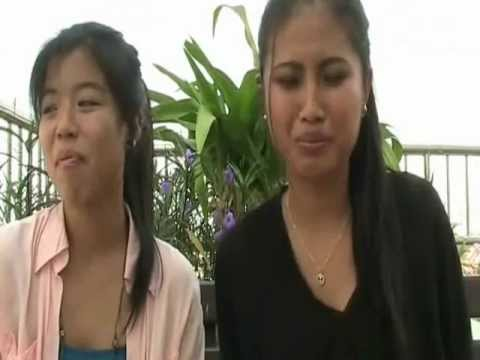 TWO GIRLS CHOKING