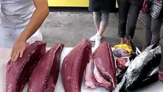 Amanti del Sashimi? Ecco come lo fanno nei veri mercati giapponesi!
