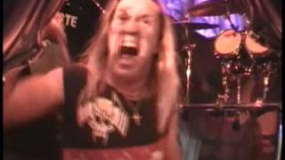 Iron Maiden - The Wicker man (Rock in Rio 2002)