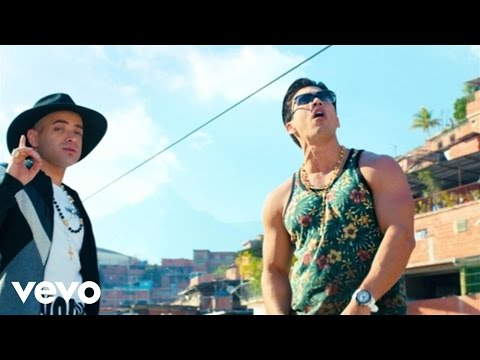 Chino & Nacho Me Voy Enamorando ft. Farruko Remix Official Music Video
