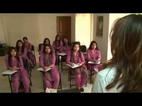 Persona beauty parlour kaniz Almas khan