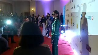 Media Shouts When Deepika Padukone Arrives At Closing Ceremony Of Mumbai Film Fest