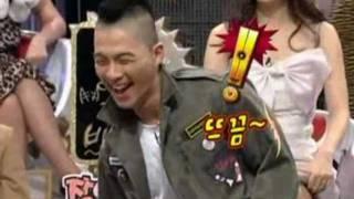 BigBang Taeyang is showing his greeting by dance