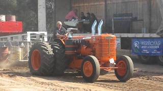 Chamberlain Super 70 with GM 671 Tractor Pull
