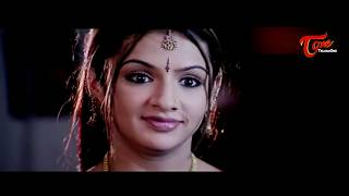 Aarthi Agarwal  Saree Pallu Drop || Best Romantic Scene of Tollywood #77