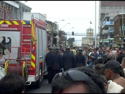 desfile de cuerpos de bomberos de iquique 2011 parte 4