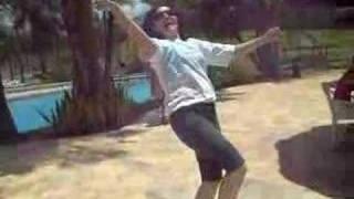 Andrea-  dançarina famosa