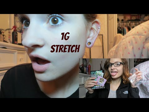 Stretching from a 2g to 1g! | Alyssa Nicole |