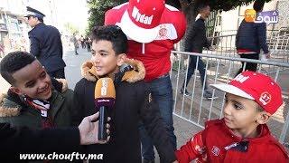 مع الجمهور ..جماهير الوداد والجيش يصنعان الحدث بمدرجات دونور خلال كلاسيكو الدوري المغربي