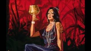 APOCALIPSIS 17 NVI (La Mujer Montada En La Bestia)