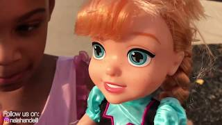 Funny Kids Pretend Play with a Disney Princess Ride On Carriage and Elsa & Anna Toddlers!