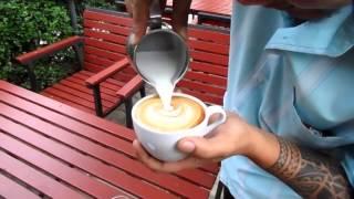 Barista Kaffee-künstler in Thailand