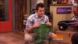 ICarly but without the music or laugh track