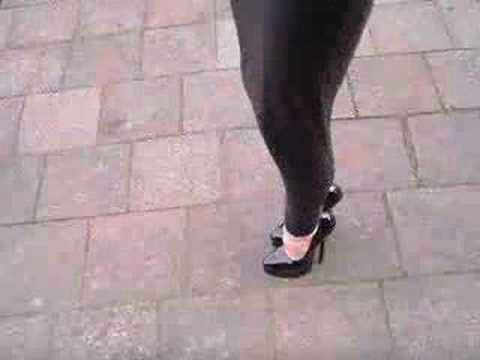 extreme hobble skirt and high heels