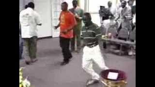 Funniest Dance Ever - Awesome Dancing In Africa
