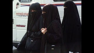 Raheel Raza: Ban the Niqab