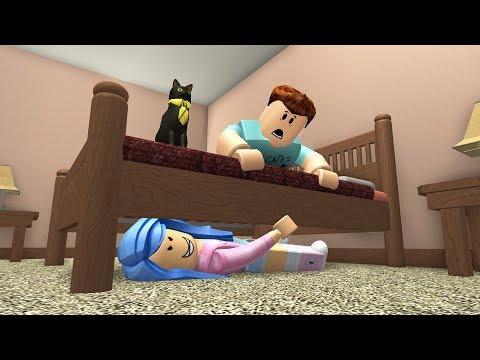 CRAZY FAN HIDES IN MY BEDROOM! - Roblox Bloxburg Roleplay