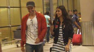 Hrithik Roshan & Pooja Hegde Spotted At Mumbai Airport