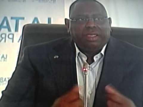 Xxx Mp4 Le Mandat Du Président Macky Sall Ramené à 5 Ans Au Lieu De 7 Ans 3gp Sex