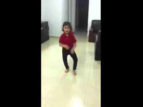 Choti ladki ka dance