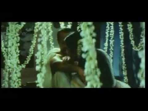Xxx Mp4 MALAYALAM GIRL SINDHU HOT SPICY SCENE IN BED TELUGU MOVIE 3gp Sex