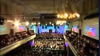 Chorus - You'll Never Walk Alone - Last Night Of The BBC Proms 2010