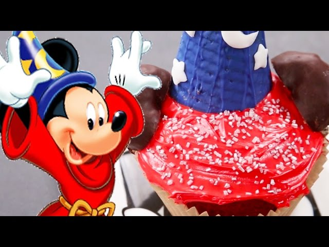 Sorcerer Mickey Cupcake | Dishes by Disney | Disney Family