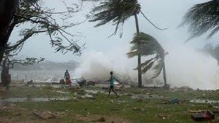 ঘূর্ণিঝড় রোয়ানু Cyclone Roanu in Bangladesh 2016