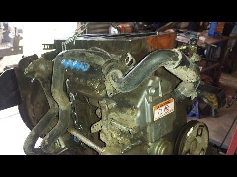 Caterpillar skid steer engine rebuild. Cat 3024c Perkins Shibaura N844 engine. part 1 tear down