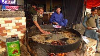 Rambil Chapli Kabab   Taru Jabba   Taru Jabba Kabab   Chapli kebab Pakistani Street Food   SFR FOODS