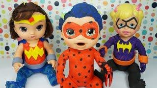 BABY ALIVE MINHA BONECA FANTASIADA DE MULHER MARAVILHA E BATGIRL SUPER HERO GIRLS COM BABY LADYBUG
