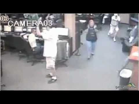 Two Idiots Try To Rob Internet Cafe Patrons In Florida