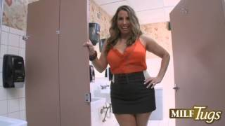 Stacie Visits The Men's Room  » Stacie Starr