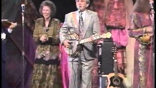 The Isaacs.  Bluegrass Medley.  1992 (  Live in Atlanta )