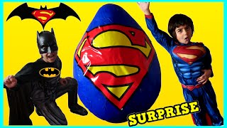 GIANT EGG SURPRISE OPENING Batman vs Superman Toys Kids Video SURPRISE TOYS Awesome Toys Collectors