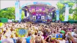 Keith Urban - Somewhere In My Car - Live (Today Show)
