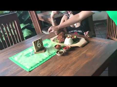 Xxx Mp4 Elvia Putri Mahallany Sedang Makan Di Bali 3gp Sex