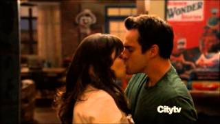 Jess and Nick first kiss ever! (New Girl)