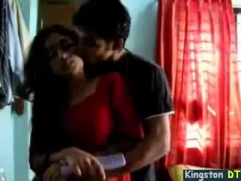Xxx Mp4 Pakistani Hot Couple Kiss YouTube FLV 3gp Sex