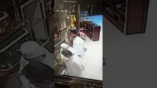 حرامي محترف يسرق محل