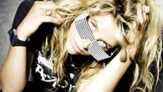 ''Kesha - Your Love is My Drug''