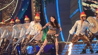 SUNNY LEONE - Set Fire on the Dance Floor At Big Star Entertainment Awards 31st Dec 2013