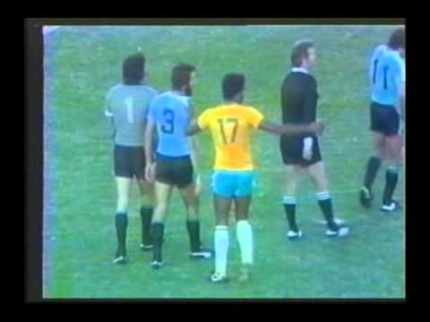 1981 January 10 Uruguay 2 Brazil 1 Mundialito .avi